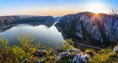 Дунаем сквозь Историю
